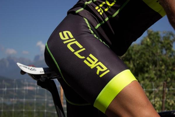 abbigliamento uomo ciclismo