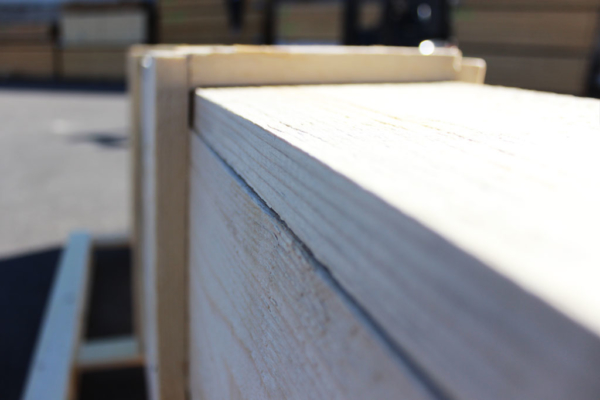 cassa in legno particolare