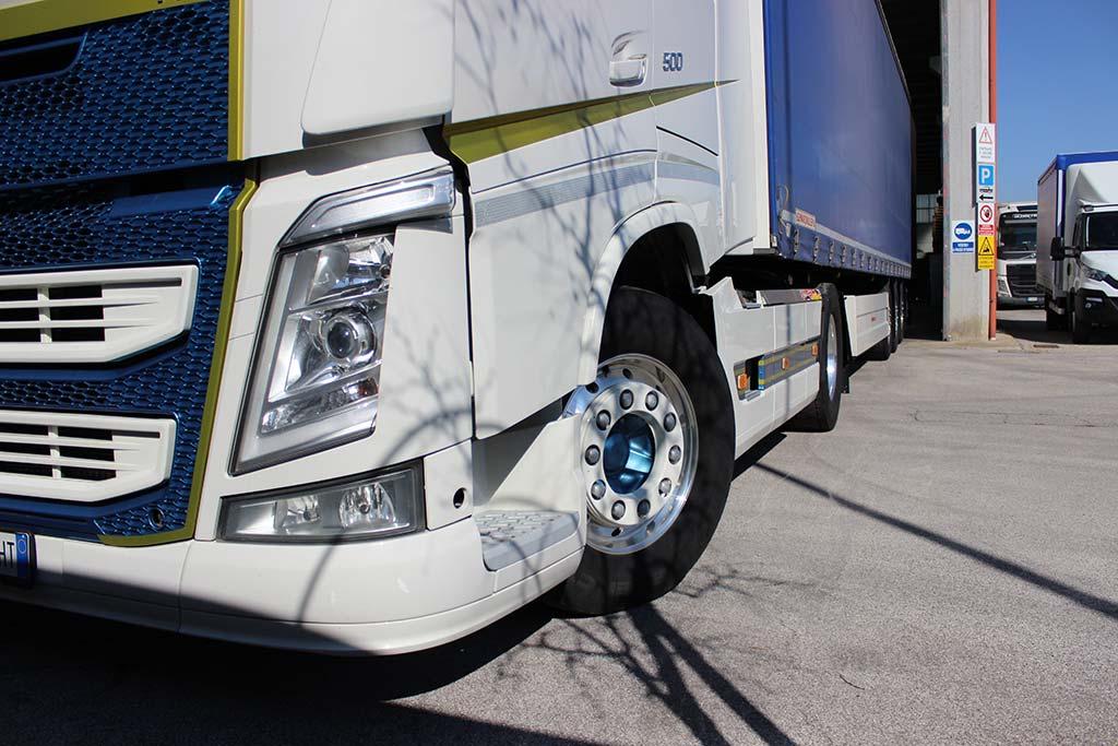 Particolare camion Guzzo